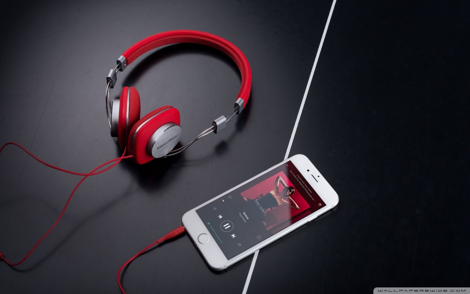 headphones-wallpapers-ultra-hd-1